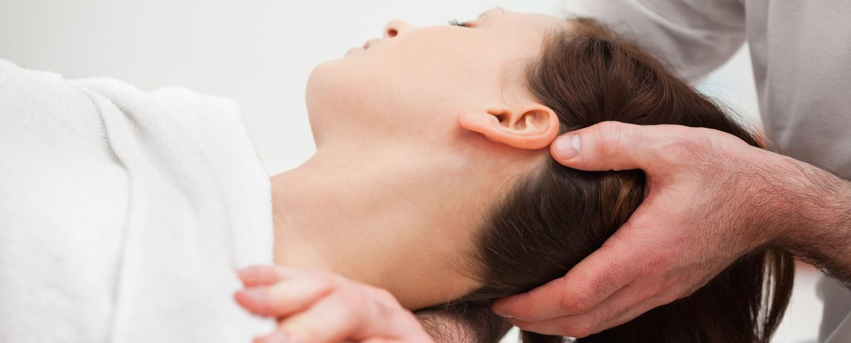 Osteopath neck massage